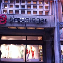 Breuninger GmbH & Co., Freiburg, Baden-Württemberg, Germany