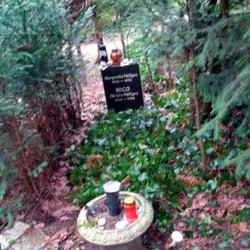 Nicos Grab (es war sooo kalt dass sogar…