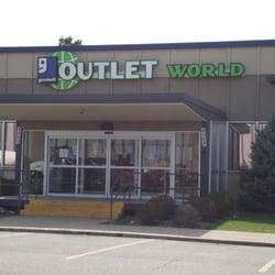 Goodwill Outlet World - Denver logo
