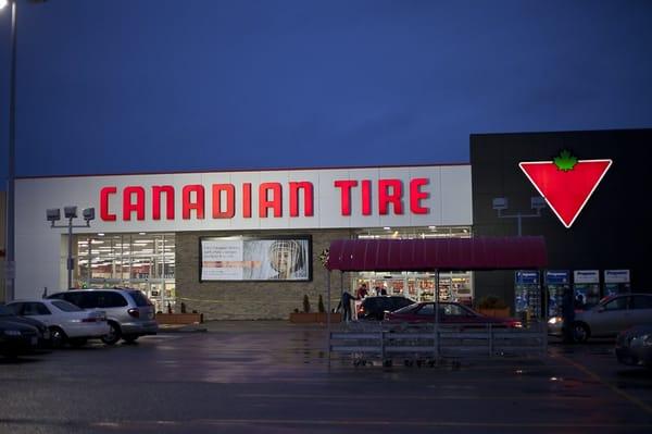 Canadian Tire Associate Stores Amp Auto Centres Oakville