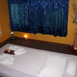 sort fisse lotus thai massage