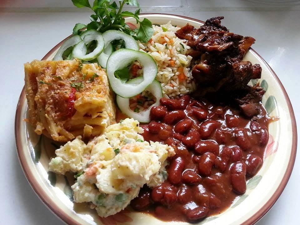 Michelle s caribbean cuisine 33 photos caribbean for Sunday lunch ideas