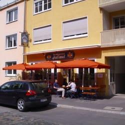 Auflauf, Würzburg, Bayern, Germany