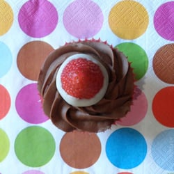 Chocolate & Strawberry Cupcake