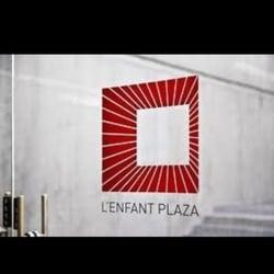 L'Enfant Plaza La Promenade logo