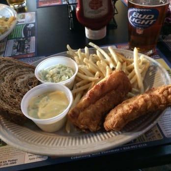 Maxwell s restaurants cedarburg wi united states for Fish fry brookfield wi