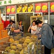 Tang Frères. Durian ou pas durian ?