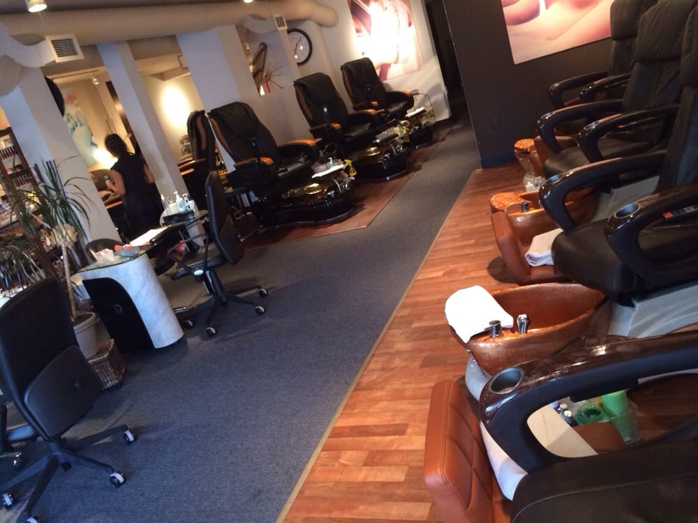 Heaven nails and spa cherry creek 16 photos nail for 3rd avenue salon denver