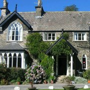 A former Gentlemans residence, now a beautiful hotel and restaurant. Locally sourced, seasonal and freshly cooked.