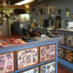 Six crows tattoo parlor tattoo 2501 w colorado ave for Tattoo parlors colorado springs