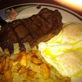"Victorian Cafe - ""Steak"" & Eggs with hashbrowns - Las Vegas, NV, Vereinigte Staaten"