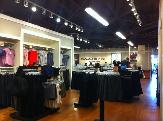 So for the many reasons; the shallow, selfish and confident ones, Banana Republic has stolen my heart and kept me an obedient customer for many years. Banana Republic in Santa Clara, CA By Jennifer H.