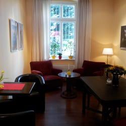 20120425: kultur am kaffee-sofa. heute…