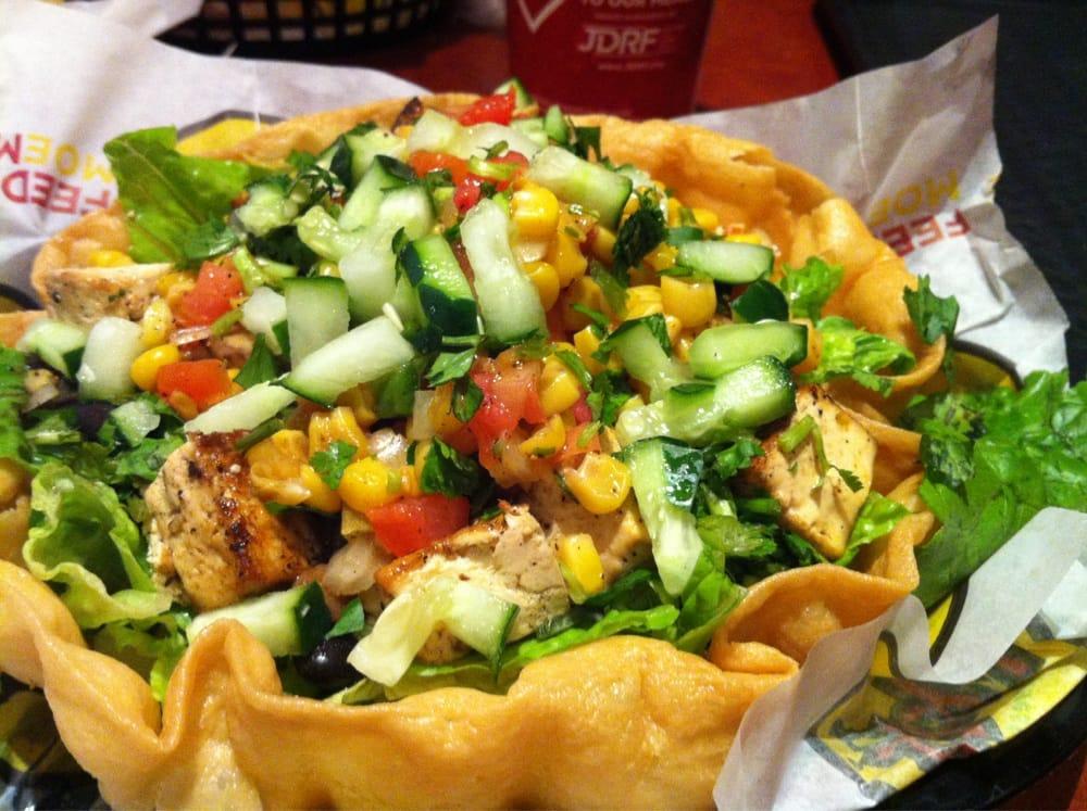Mexican Chain Restaurant Recipes: Steak Taco Salad