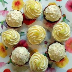 Carrot Cupcakes & Lemon Drizzle Cupcakes