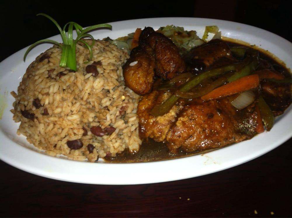 Mangos caribbean restaurant 64 foton karibisk mat for Auburn caribbean cuisine