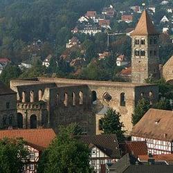 Kurzer Blick in die Stiftruine, Bad Hersfeld, Hessen, Germany