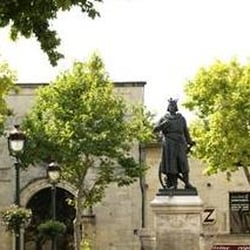 Place St.Louis, Aigues Mortes, Gard, France