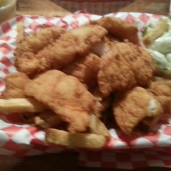 Pete s seafood and sandwich 143 photos cafes north for Petes fish and chips menu