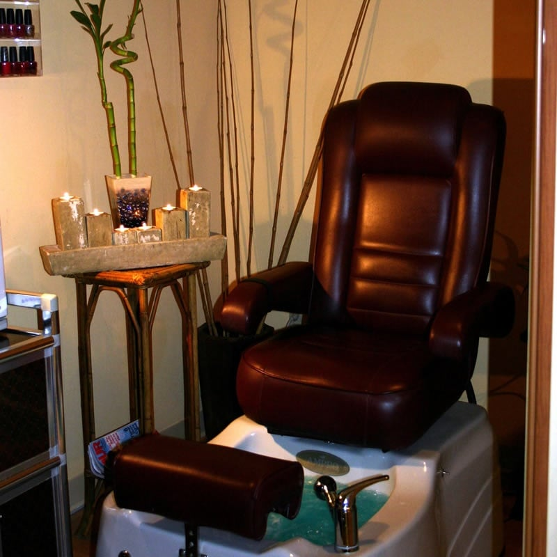 French accent salon nail salons westshore tampa fl for Accent styling salon gainesville