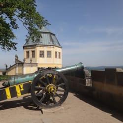 Kanone vor der Friedrichsburg an der…