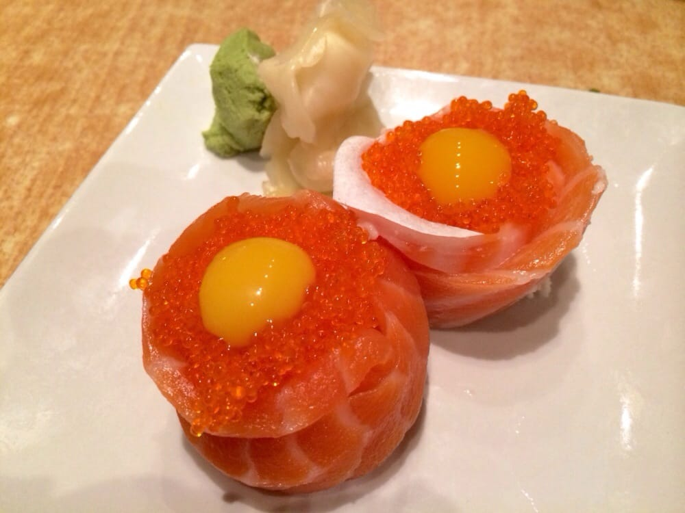 Tobiko Nigiri Sunrise Nigiri crab