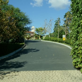 The Gardens Of The World Driveway To Parking Lot Thousand Oaks Ca United States