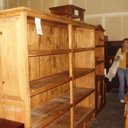 Zocalo Furniture Warehouse - My dream bookshelf... sigh... - San Francisco, CA, Vereinigte Staaten