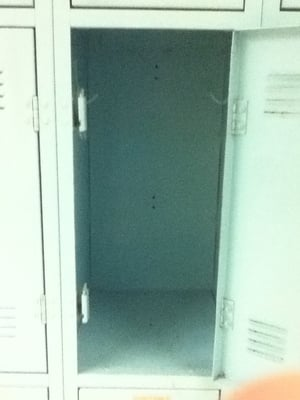Go Back > Gallery For > Empty School Locker