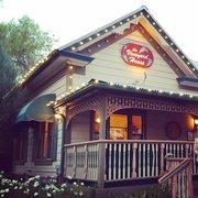 The Vineyard House - Santa Ynez, CA, États-Unis. Front of the restaurant