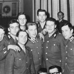4.Kompanie, 1. Zug, GR 35 Berlin…