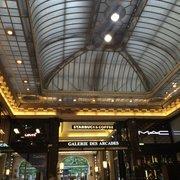 Starbucks, Paris