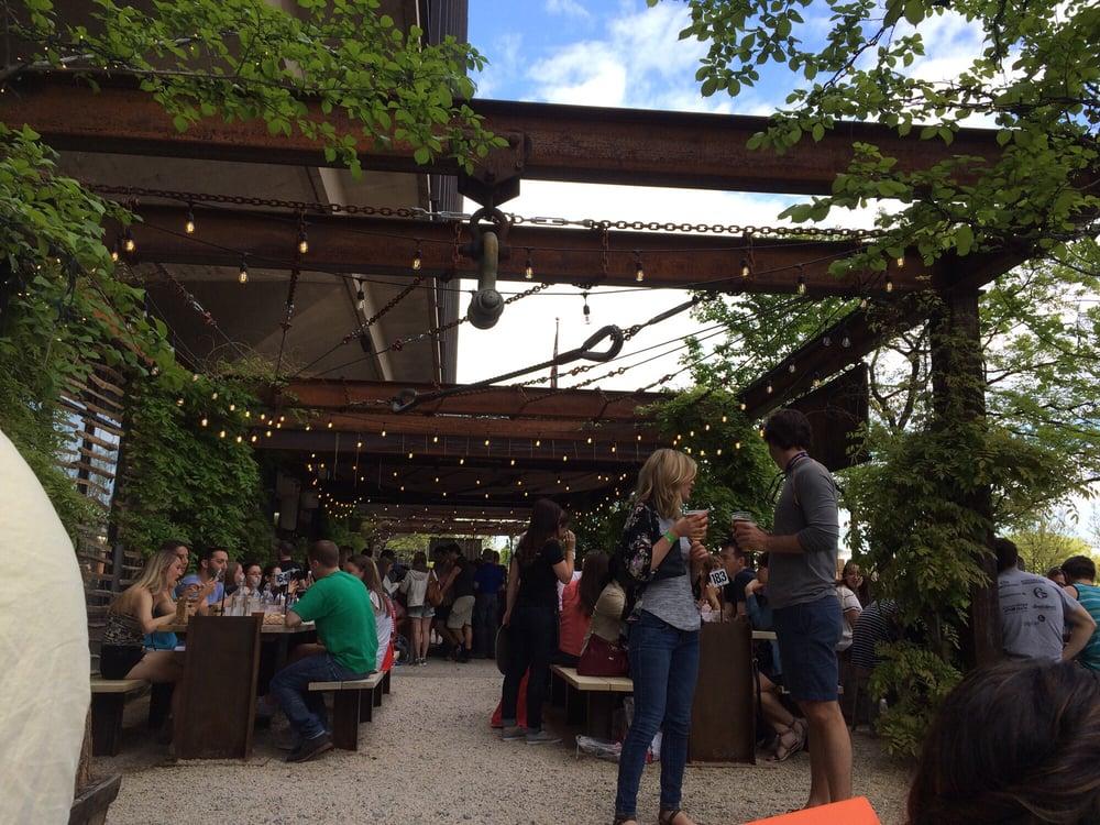 Bar garden area yelp Independence beer garden philadelphia pa