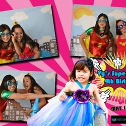 Snapshot Moments Photobooth - Snapshots Photobooth for a Superhero Birthday Party - Arlington, VA, Vereinigte Staaten