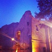 Le rovine viste da dentro, una sera…