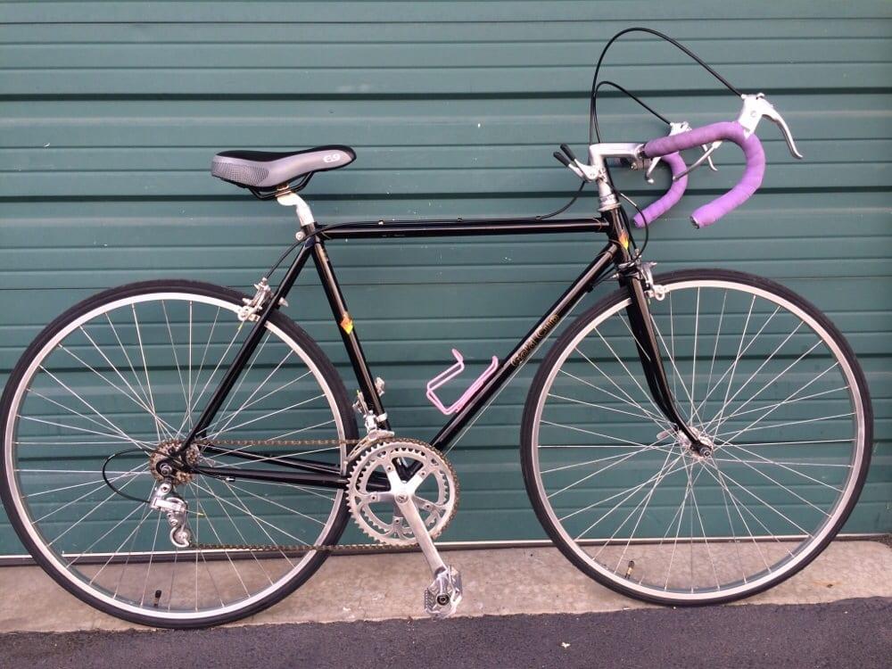 rosebud bicycle builds 68 fotos fahrrad ballard seattle wa vereinigte staaten. Black Bedroom Furniture Sets. Home Design Ideas