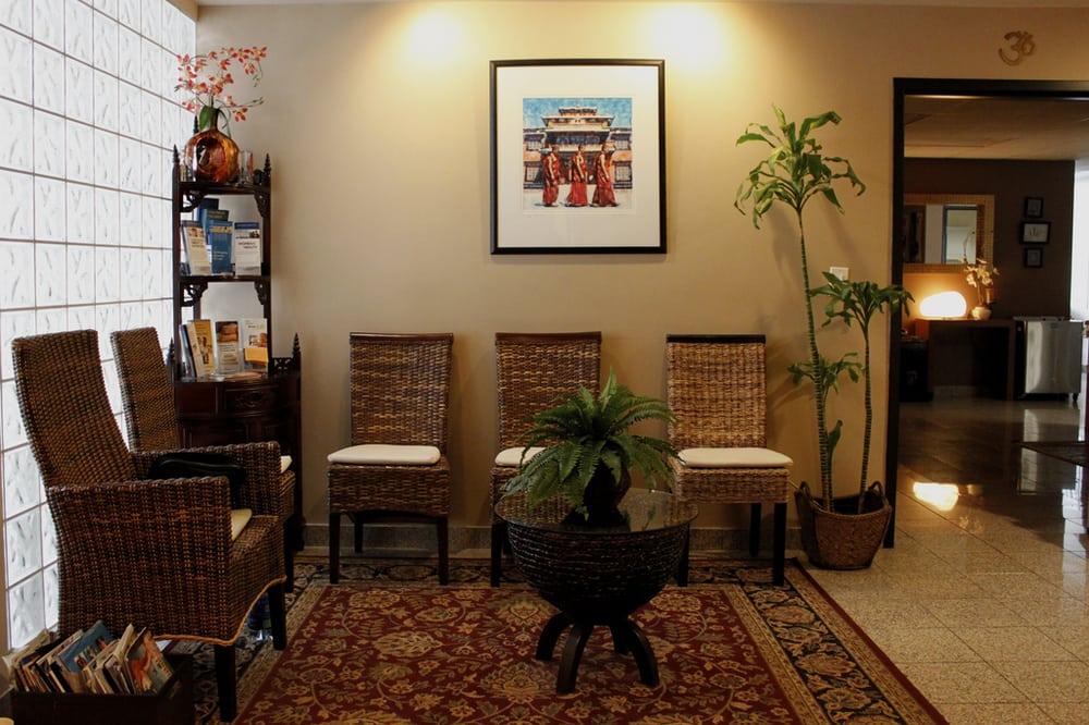 4872 venice blvd massage