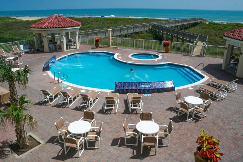 the swimming pool of la copa inn beach hotel south padre. Black Bedroom Furniture Sets. Home Design Ideas