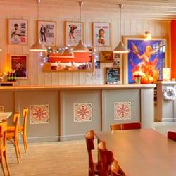 La Cie du Café-Théâtre - Nantes, France. Bar Chez Marius
