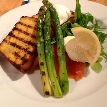 Corn bread with grilled asparagus, poached egg, smoked salmon and truffled mascarpone