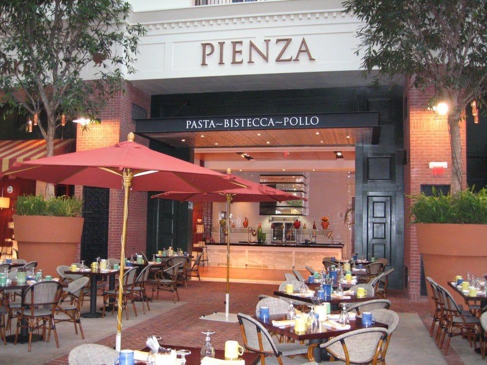 Oxon Hill (MD) United States  city photos gallery : Pienza Italian Market Restaurant Oxon Hill, MD, United States