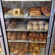 Joey's Bakery - Cases of pastry. - Napa, CA, Vereinigte Staaten