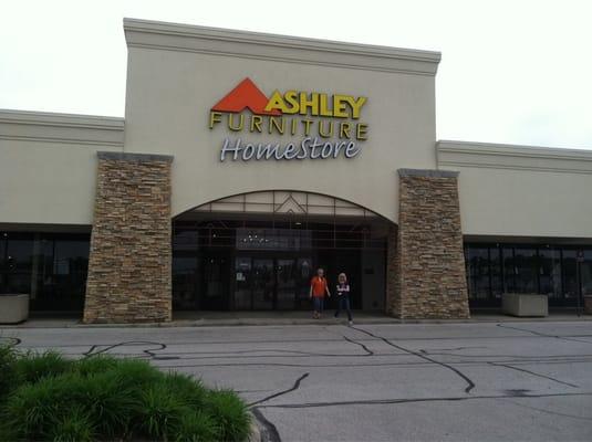 Ashley Furniture Homestore Holland Oh United States Yelp