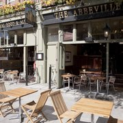 The Abbeville Pub, London
