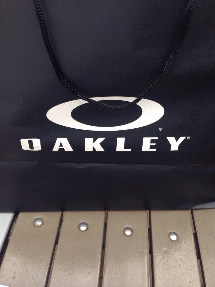 oakley vault premium outlet las vegas