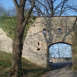 der grösste Eingang an der Burghalde..