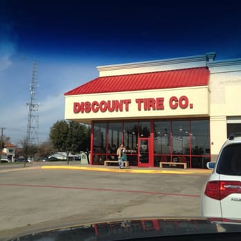 Discount Tire & Brake Discount Tire & Brake is a pillar of the community. Discount Tire & Brake is a leader in offering name brand tires, wheels, auto repair and brake services for customers located in and around the Henderson, Texas area.