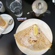 Lemon crape with white tea.