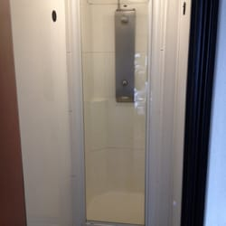 Small shower room (no shelf to put your stuff on)