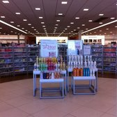 Ulta beauty supply jobs for Job salon distribution